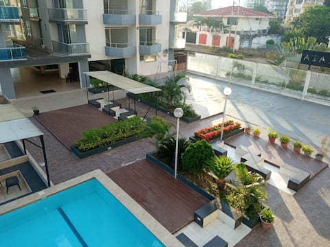 Apartamento luxuoso com vista para o mar, Wi-Fi, Tonsupa,