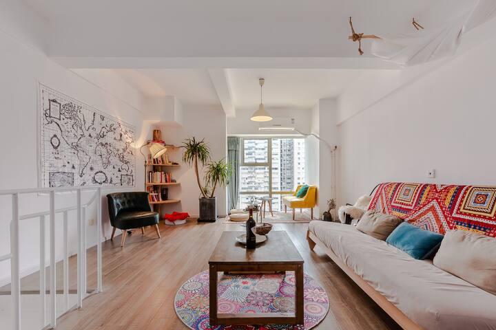 方所西西里   春熙路太古里 双层loft  地铁三号线  美食聚居地  投影两居室