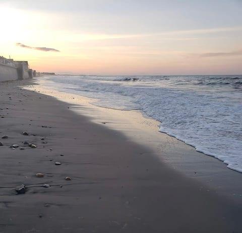 200 steps to the Beach; nice yard, two full baths