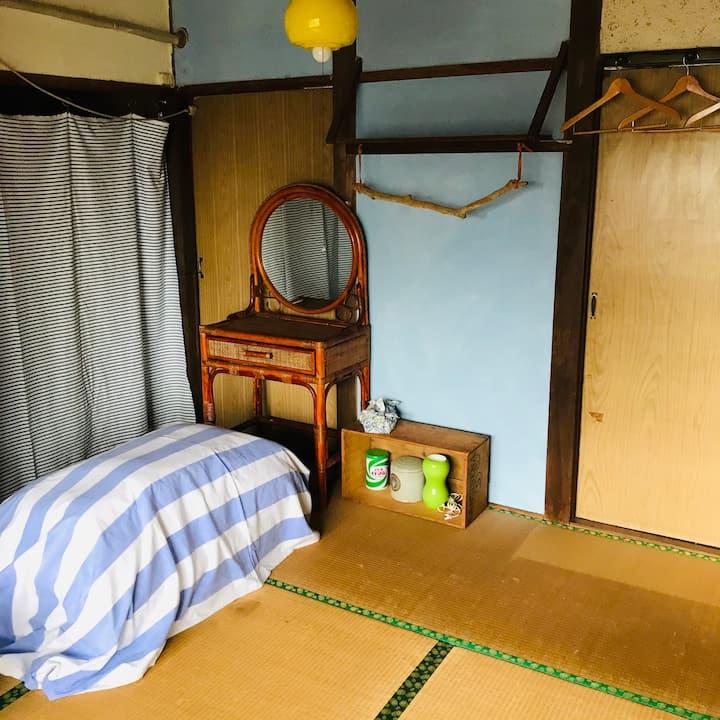 Dormitory Room No. 1 / IZUMIYA HOSTEL OGAWA