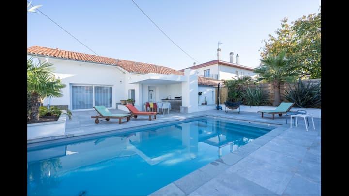 Anglet, villa Nostenit et piscine chauffée