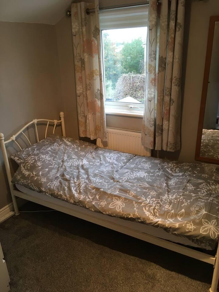 Private Single Bedroom on Suffolk's Heritage Coast
