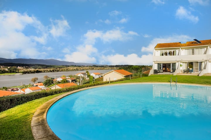 Casa do Redondo with Swimming Pool and River Views