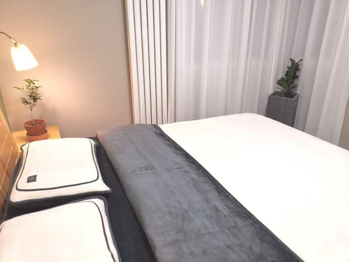 (班夫汇)郑州东站5号线地铁公园式大床房整租