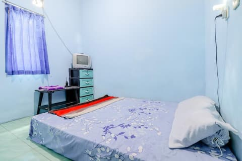 Affordable Standard Room at Ringin Guesthouse
