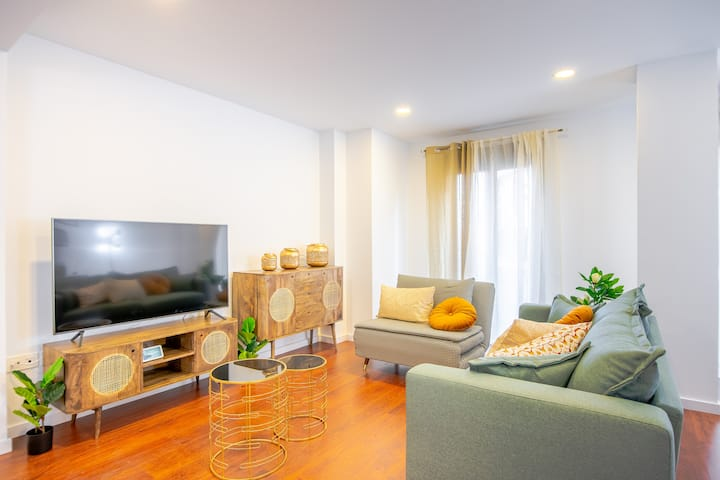Apartamentos Almeria Centro - 4B