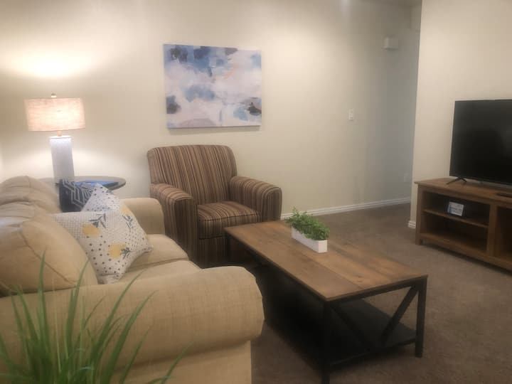 Comfy Living Close to Utah Valley Hospital
