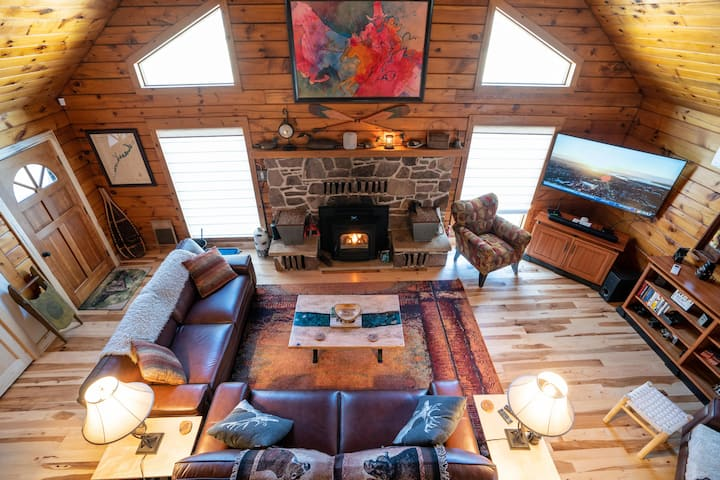 The Flying Squirrel Lodge-Luxury Family Getaway