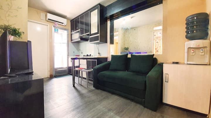 Clean 2Bedroom Apartment above Mall @Kalibata City