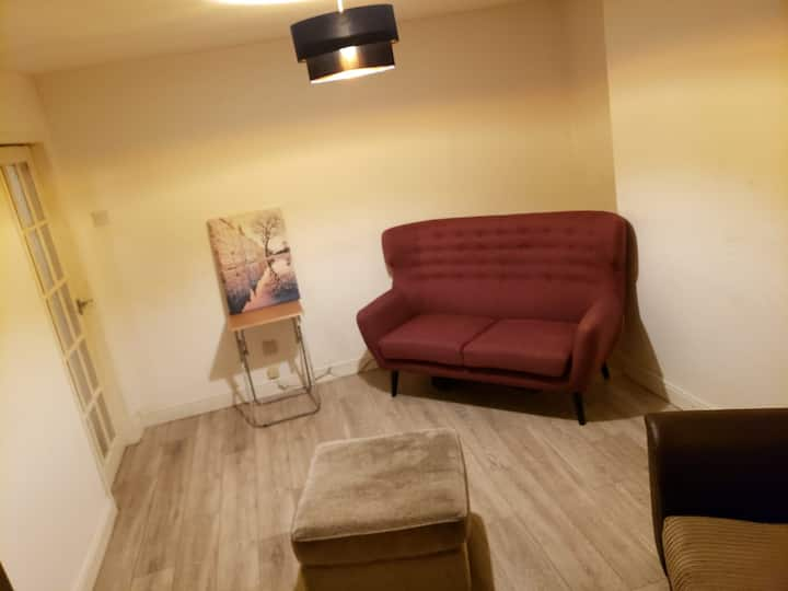 Magnificent fully  serviced one bedroom apartment