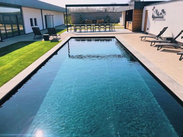 5-sterren Landhuis Groenenburg met zwembad