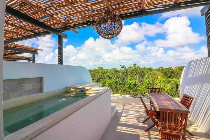 Amazing penthouse in the middle of Tulum jungle!