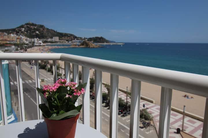 El Sorrall 2. 2 bedroom apartment. Sea Views