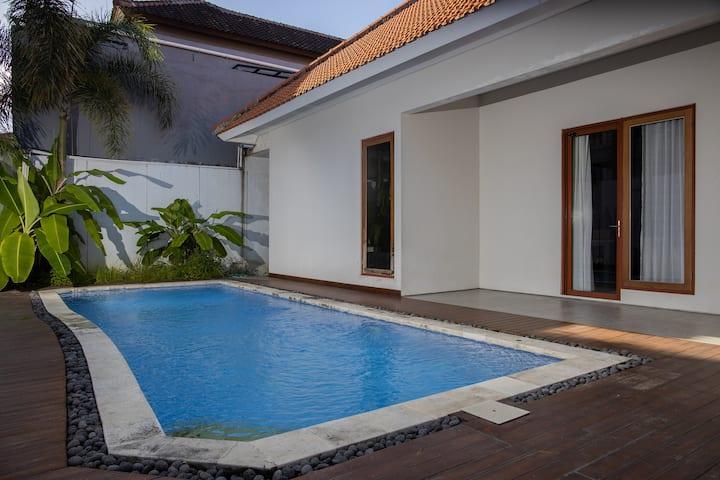 Humble Two Jimbaran Bedroom House with Poolside