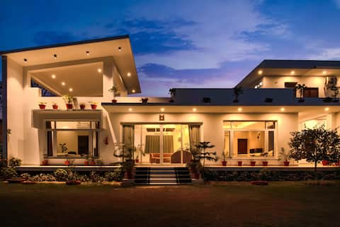 3BHK Luxury Villa @Jaipur with Open Space & Lawn