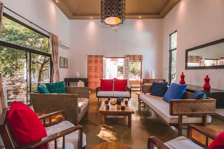 4BHK Villa with Pool in Khopoli nr Adlabs Imgaica