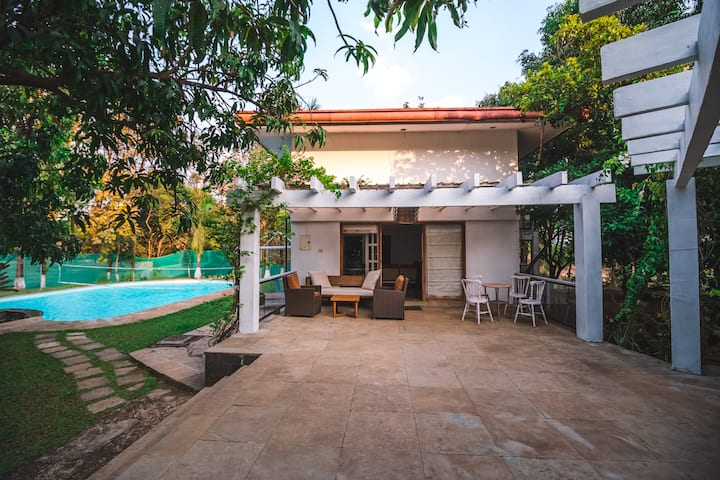 4BHK Holiday Villa with Pool near Adlabs Imgaica