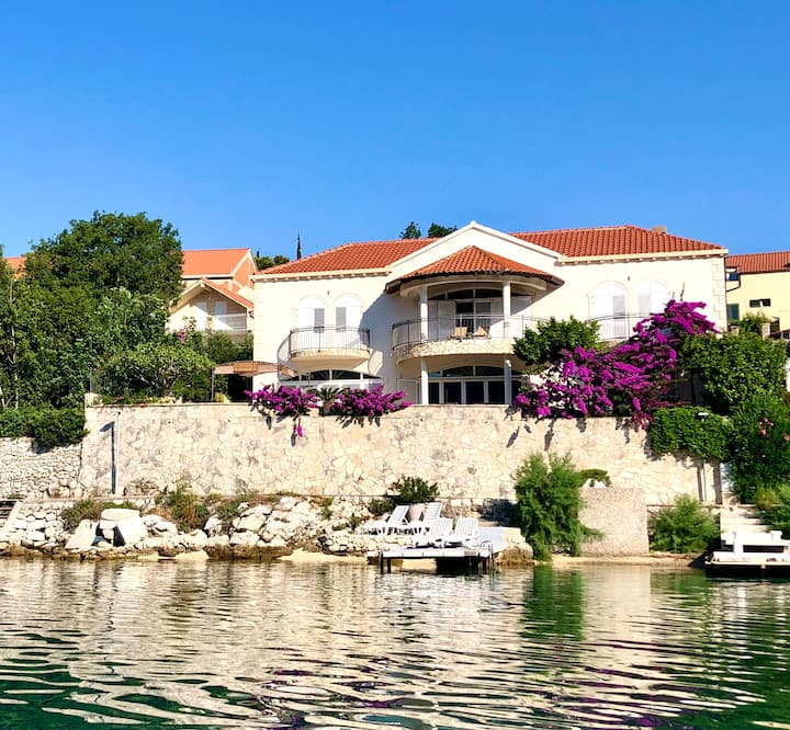 Villa Almadria Adults Only Bed & Breakfast