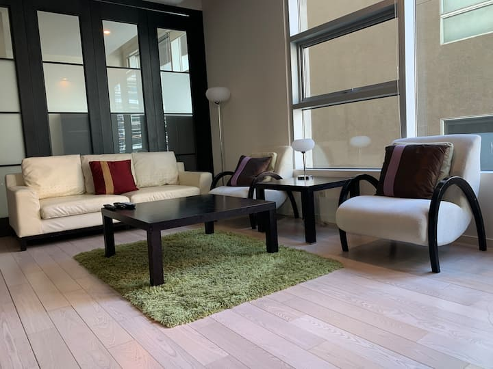 Luxurious Landings Home Away From Home (Wilshire)