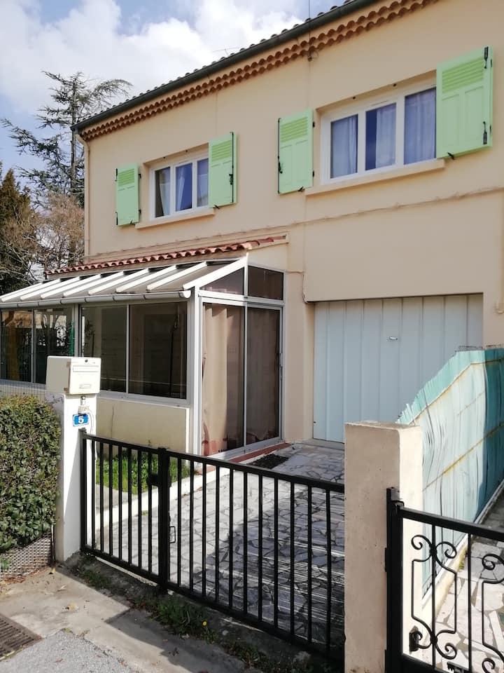 Grande maison au cœur de la Provence Verte