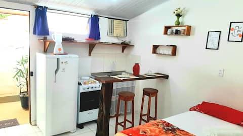 Suíte 05 com Cozinha-Pituba-Wifi Fibra 200 Mb