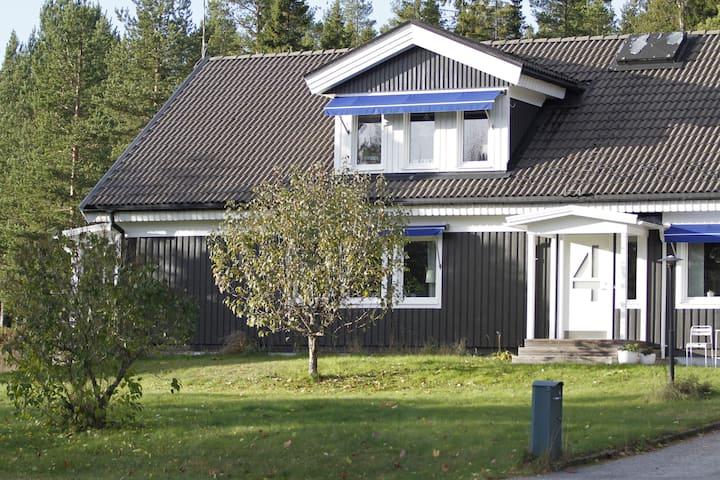 Stor villa nära stad och natur i Höga Kusten