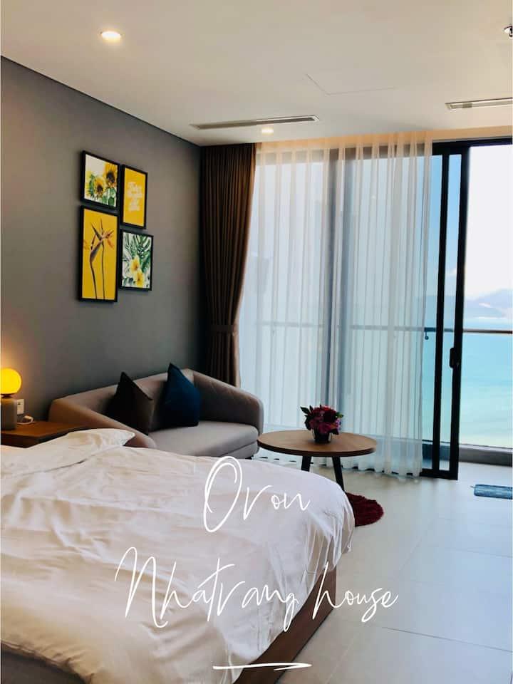 A sea view beautiful studio apartment