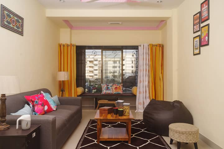 Lake facing Full Service 1 BHK Apartment in Powai