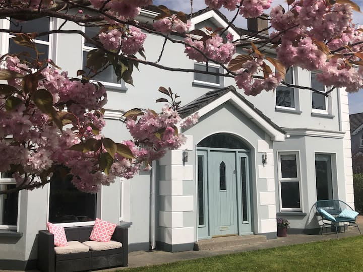 Luxury stay @The Rectory by Wild Atlantic Wanderer