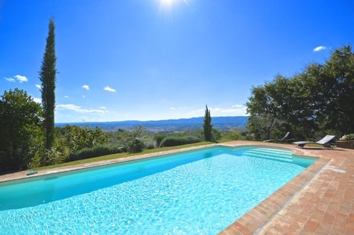 Private pool villa located in tranquil countryside