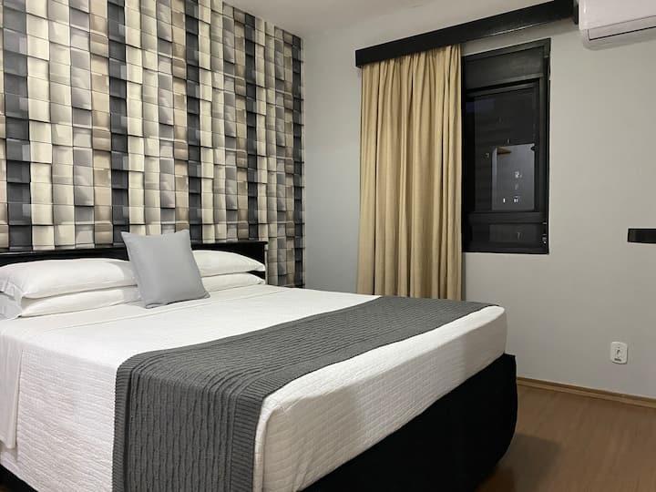 Apartamento Mobiliado com Cooktop, Piscina e Wi-Fi