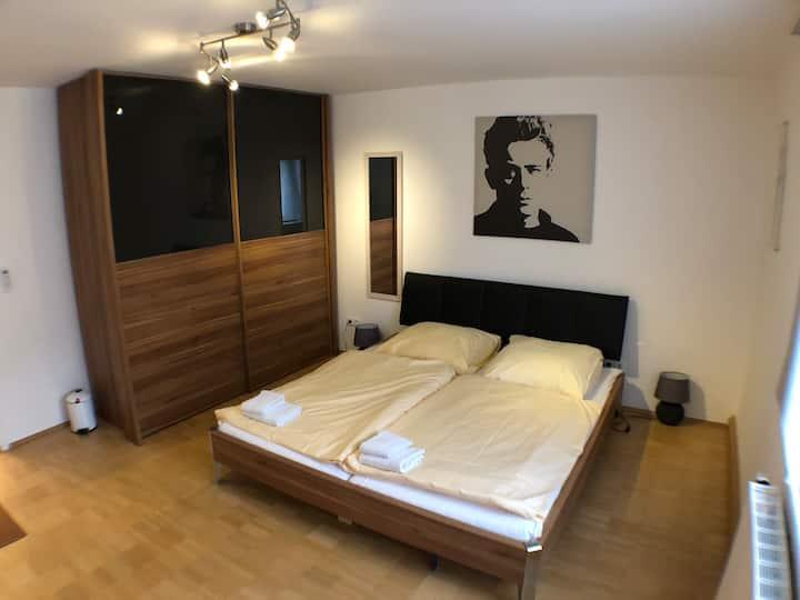ArtStyle-Room mit Klimaanlage mitten in Stuttgart