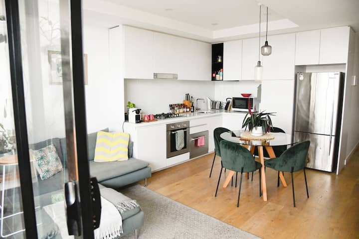 Cosy Apartment in Trendy Collingwood