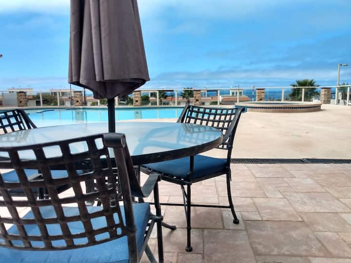 3 BR cosy FAMILY GETAWAY ocean view house