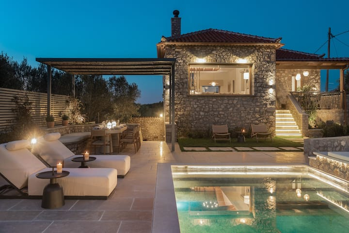 OD Luxury Villa with Private Heated Pool