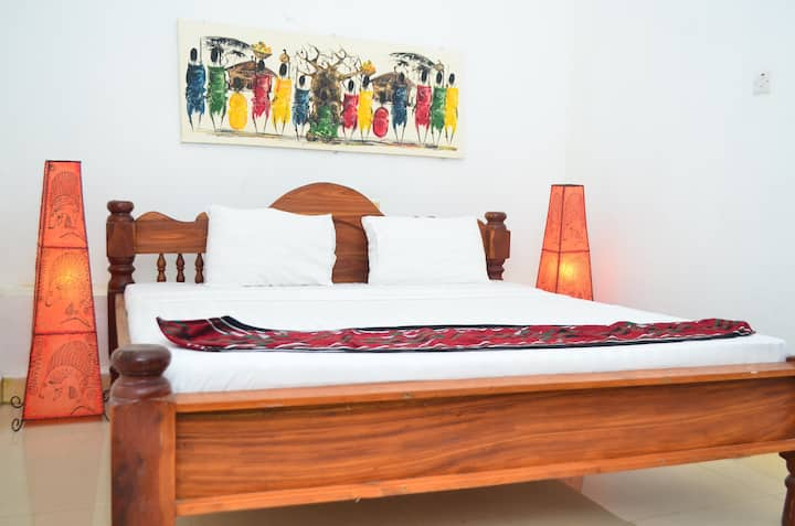 1 bedroom apartment in the heart of stone town