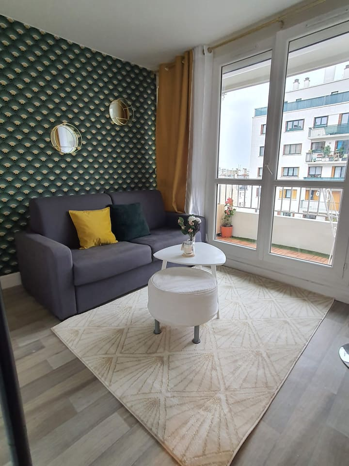 COSY APPARTEMENT WITH BEAUTIFUL VIEW/ BALCONY