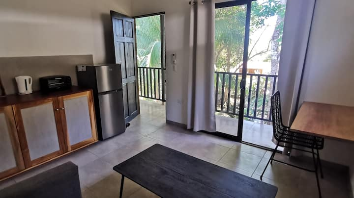 New Fully Equipped Studio | Kitchen | WIFI | AC