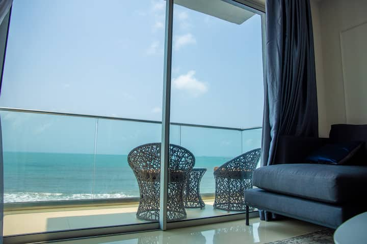 Upscale apartment in Lekki with beautiful sea view