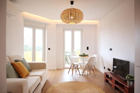 NEW Luxury beach house w/ sea view