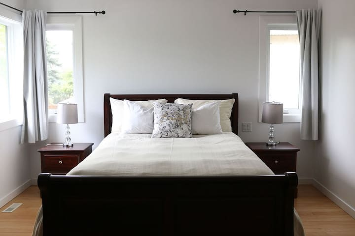Another picture of the master bedroom.