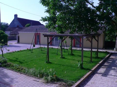 Cessey-sur-Tille, Burgundy Guest-House  1 Bedroom