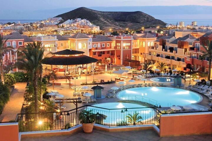 South Tenerife long term PENTHOUSE-ATICO SOLARIUM