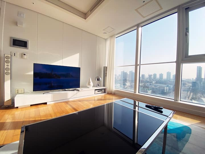 songdo loft for long term stay.