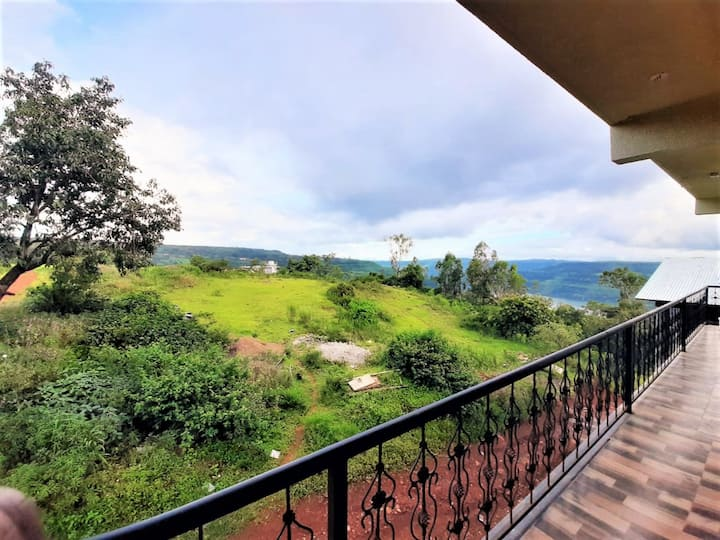 Valley View Villa 3 BHK Full Furnished - Panchgani