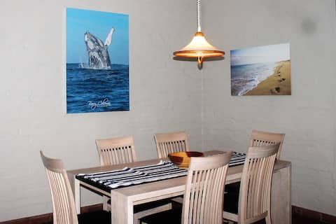 Dolphin View. 3 Bedroom Spacious  Self Catering
