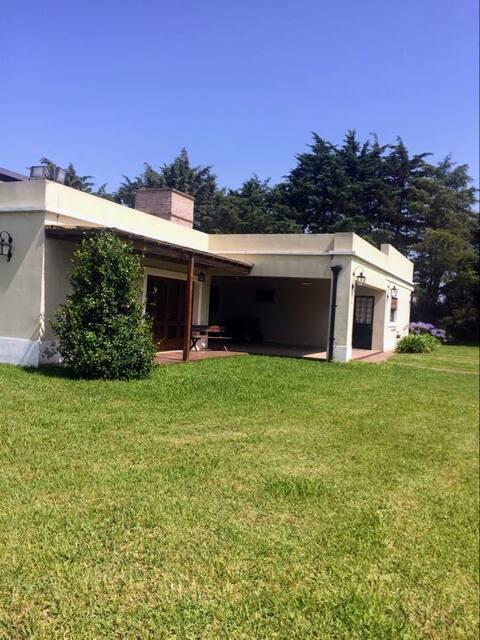 Casa rústica y relajante en Navarro 💜