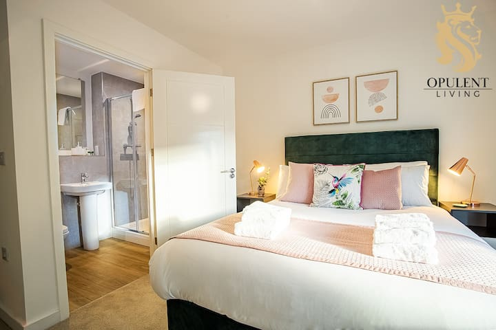 Bedroom at Opulent Living Serviced Accommodation