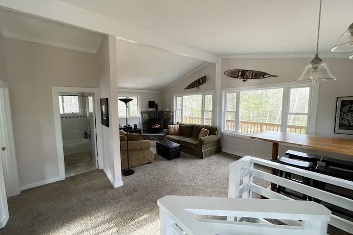 Cozy and Comfy Intervale Chalet - Adventure Ready!