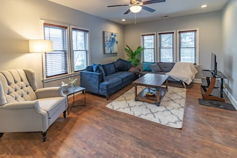 Your Own Apartment near Downtown Rockford